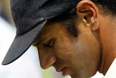 Pak Benefited From Dravid's Gift