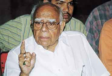 'Vajpayee Was Being Ruled By Others'
