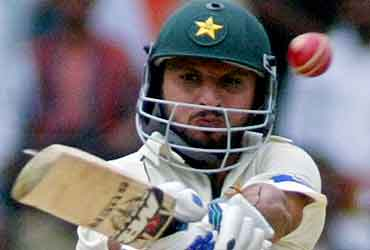Pakistan Press For Victory